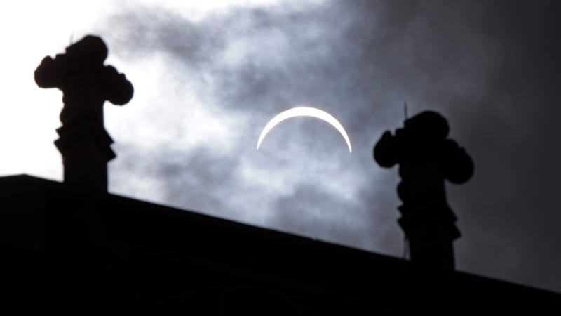 A clouded out eclipse in Indiana (Image: AP)