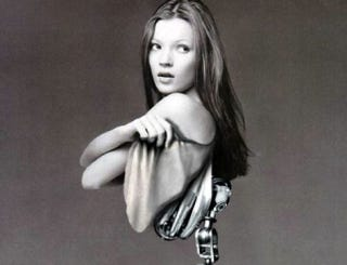 Illustration for article titled Kate Moss Suffers From Roborexia