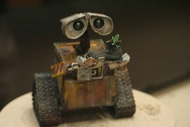 Illustration for article titled WALL-E Gets Arabic Localization, A Middle East First [Updated]