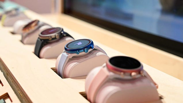 Qualcomm s New Wearables Chip Could Finally Improve Wear OS Watches, I Hope