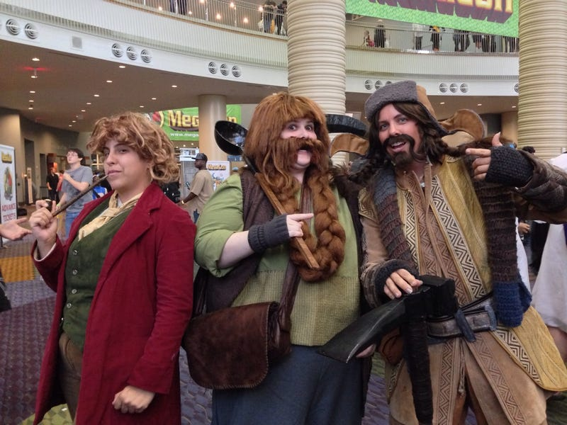 Illustration for article titled This Hobbit crossplay group is amazing