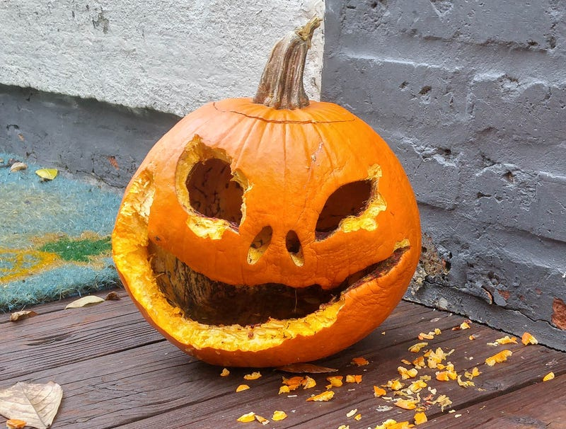 Illustration for article titled 3-Week-Old Jack-O'-Lantern Excited To Give One Last Scare When Slightest Touch Causes It To Collapse Into Disgusting Mush