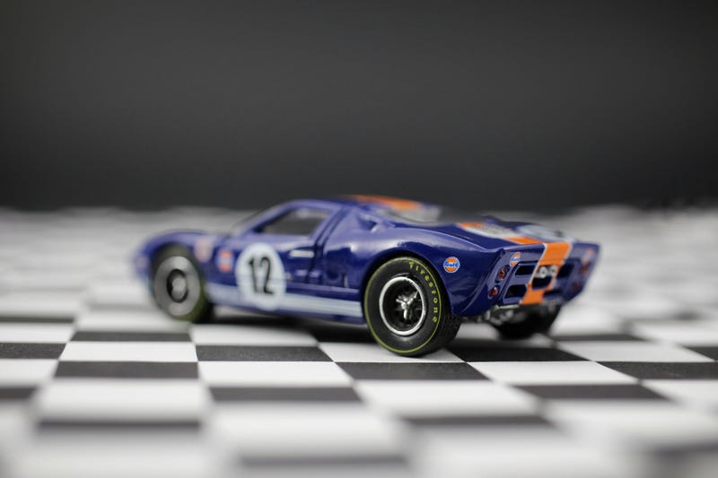 Illustration for article titled AutoWorld's 1:64 Ford GT40 in the better Gulf Livery