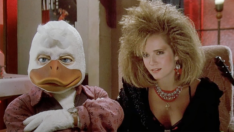 Illustration for article titled Lea Thompson Reunites With Howard the Duck for an Amazing Comic Cameo