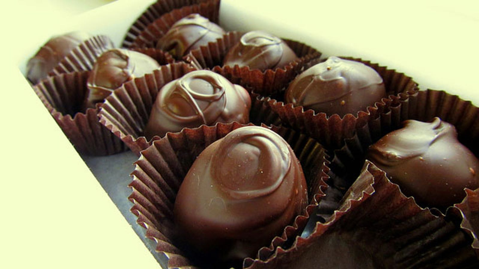 Make Fancy Chocolate Truffles With Just Two Ingredients