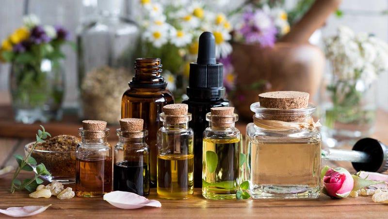 「essential oils」的圖片搜尋結果