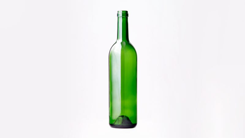 Illustration for article titled Por qué las botellas de vino tienen el culo metido para dentro
