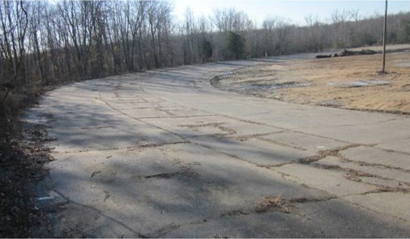 Illustration for article titled You Can Buy This Historic Race Track On Craigslist