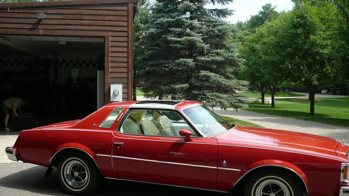 buick gs grand car info sport s opel driver sale insignia news photos review regal photo drive first for original and