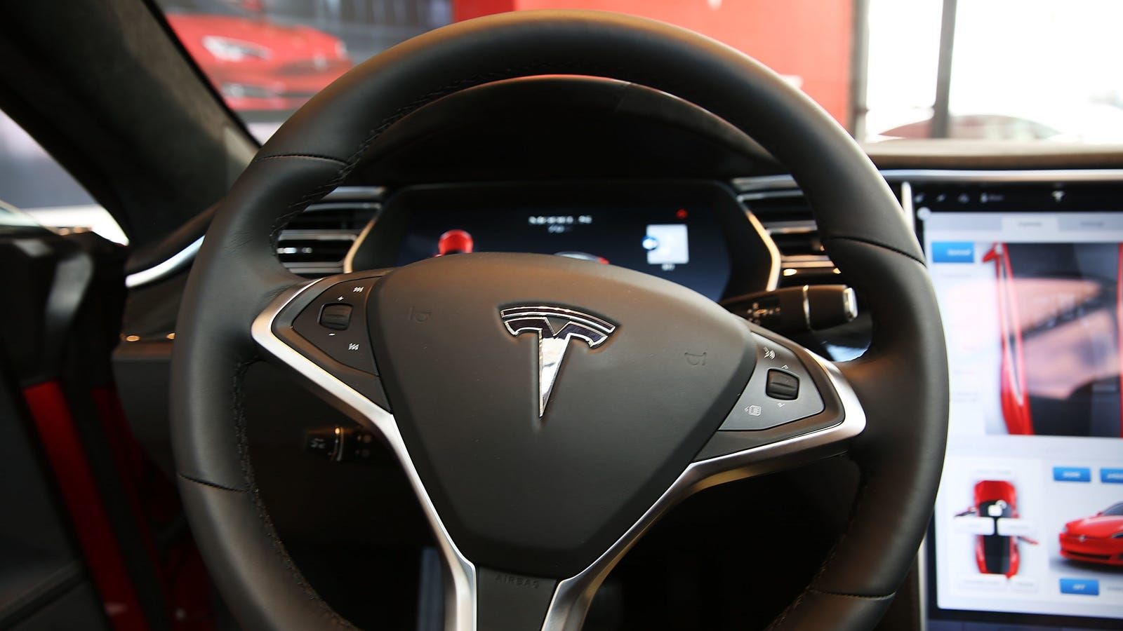 Ex-Tesla Engineer: Okay, Yes, I Uploaded Autopilot Trade Secrets to My iCloud—What's the Big Deal?