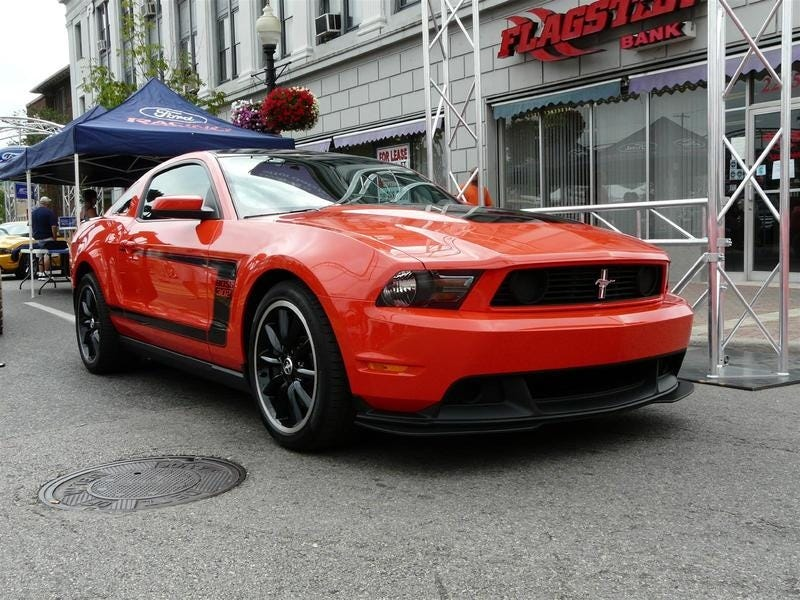 Illustration for article titled 2012 Mustang Boss 302: An 8K Production Run?
