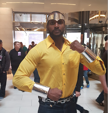 Dragon Con attendee dressed as Luke CageJason Johnson/The Root