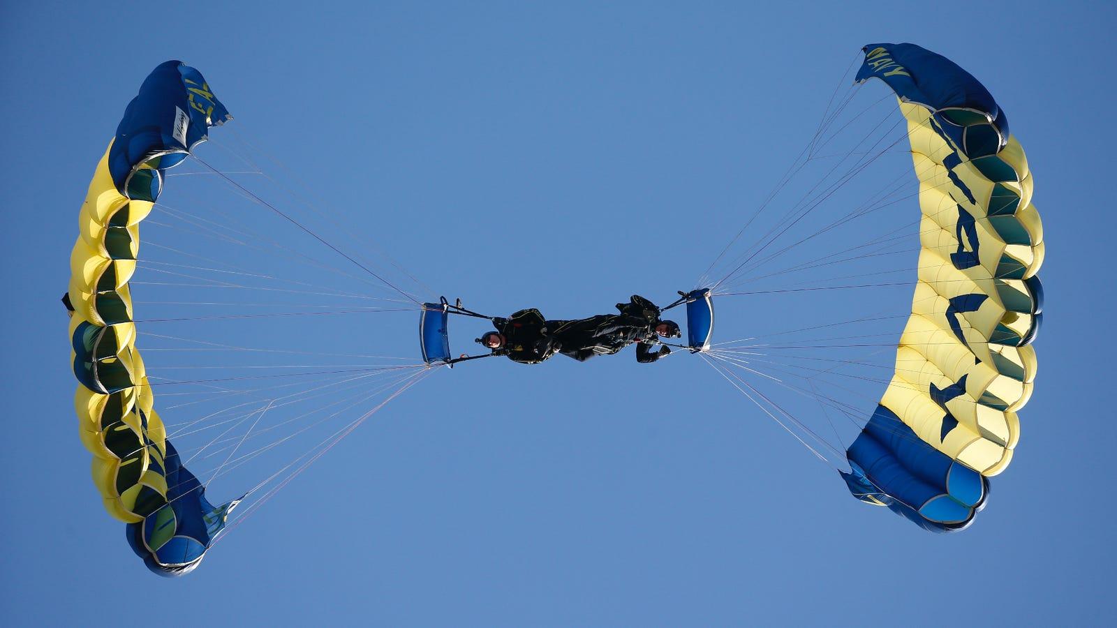 Navy SEAL Dies After Parachute Fails To Open During Fleet Week Demonstration