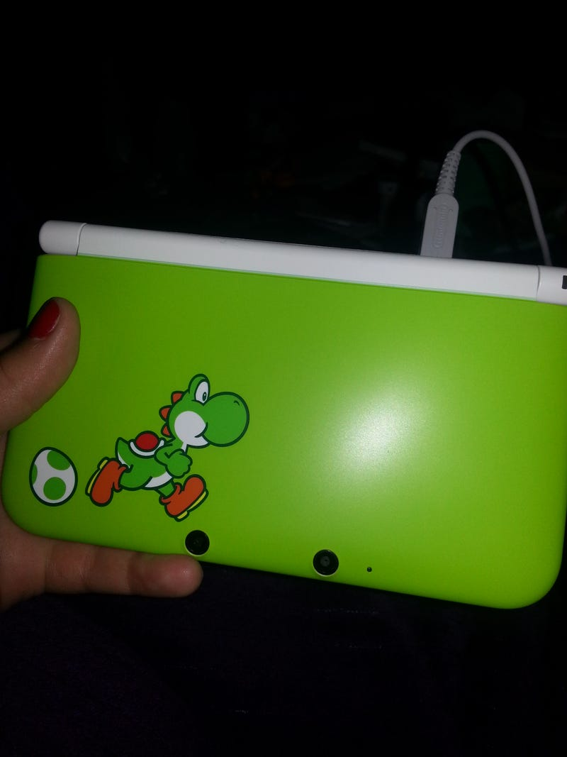 Illustration for article titled Look at my new 3DS!