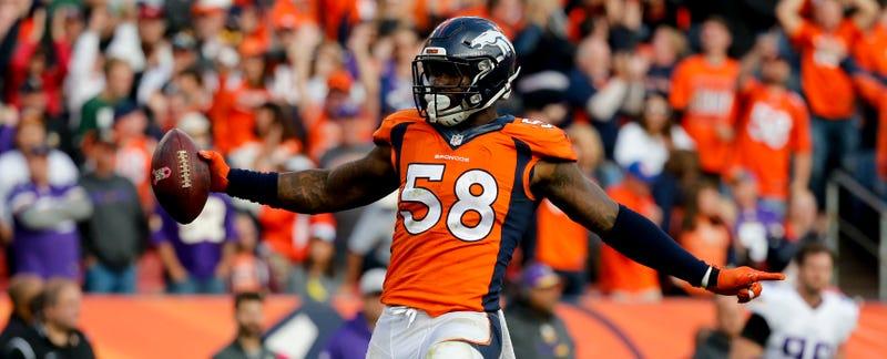 Illustration for article titled Broncos Sign Von Miller For $70 Million Guaranteed