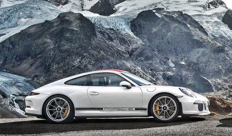 Drifting A Porsche 911 R Up A Snowy Mountain Is A Very Expensive Adrenaline Rush