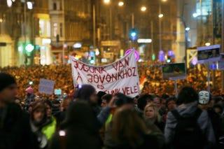 Illustration for article titled Tölgyessy Péter: A Fidesz a reményeik feladását várja a fiataloktól