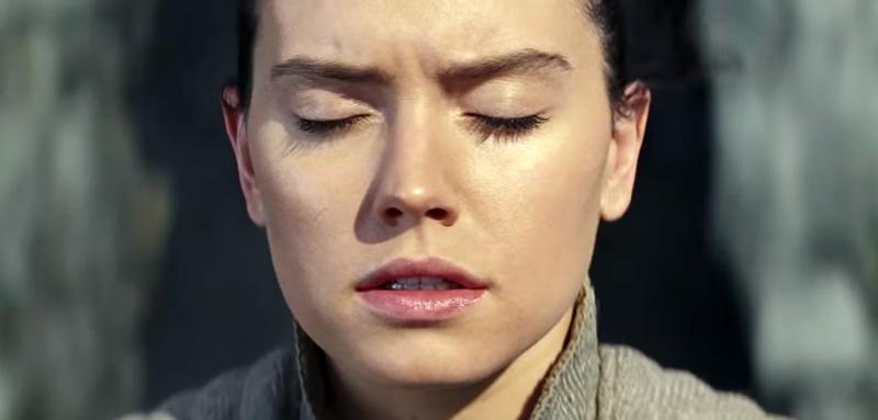 Illustration for article titled Luz, oscuridad, y algo más: el nuevo spot de The Last Jedi muestra la escena más misteriosa del film hasta ahora