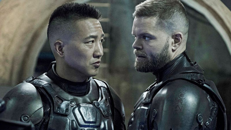 Prax (Terry Chen) and Amos (Wes Chatham) are BFFs now.