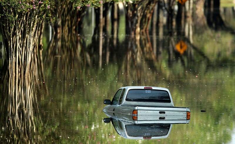 Una vía inundada durante el Huracán Harvey. Foto: AP