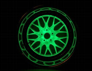 Illustration for article titled Glow In The Dark Wheels Are Hella Bright, Yo