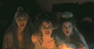 """Illustration for article titled The Co-Creator of Arrow Is Making A """"Hot Gothic"""" Show About The Brides of Dracula"""