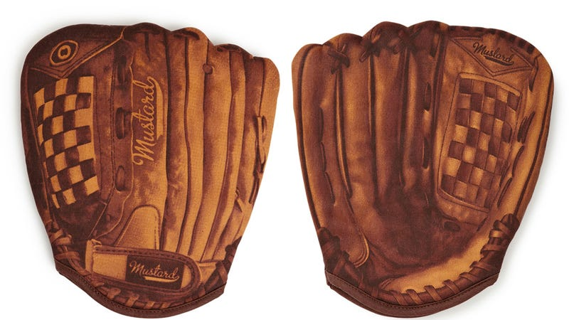 Illustration for article titled These Baseball Glove Oven Mitts Give New Meaning to Hot Corner
