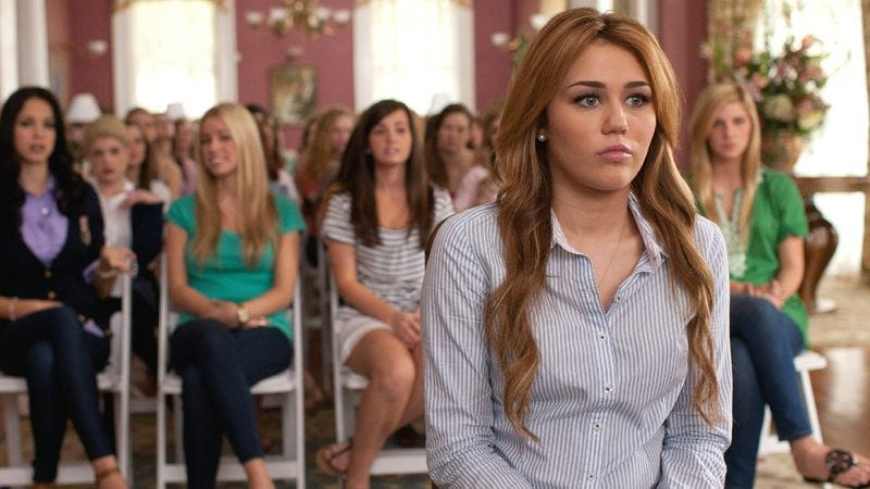 Illustration for article titled Miley Cyrus struggles to grow up in the non-amazeballs So Undercover