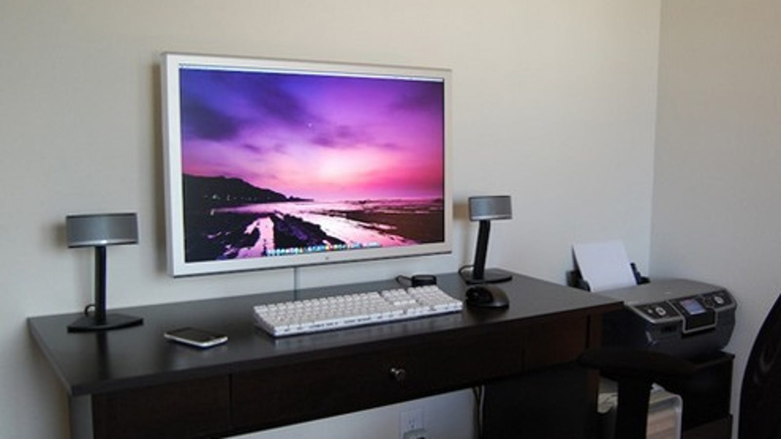 Wall Mount Your Flatscreen Monitor