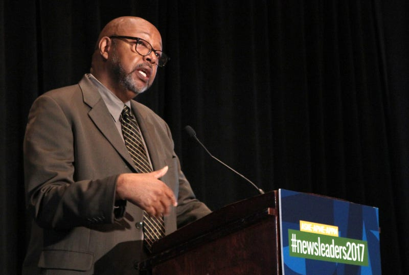 """""""I would much rather read a story encoded with some journalist's unconscious bias than to read one from some journalist working hard to say nothing definitive,"""" Leonard Pitts Jr. told journalists on Oct. 9, 2017 in Washington, D.C. (John R. McClelland)"""