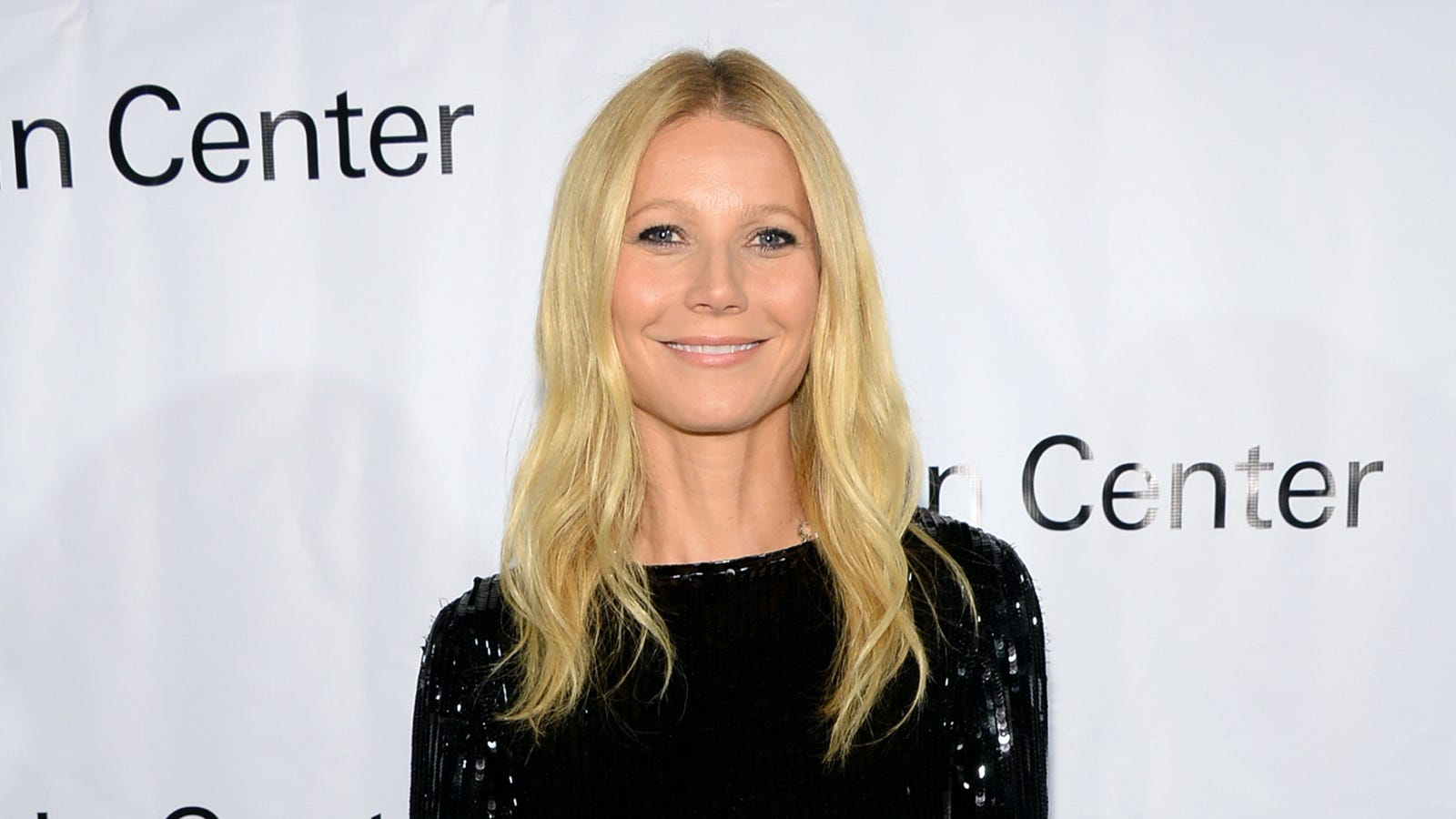 pictures Gwyneth Paltrow Claims Water Has Feelings in Weird New BlogPost