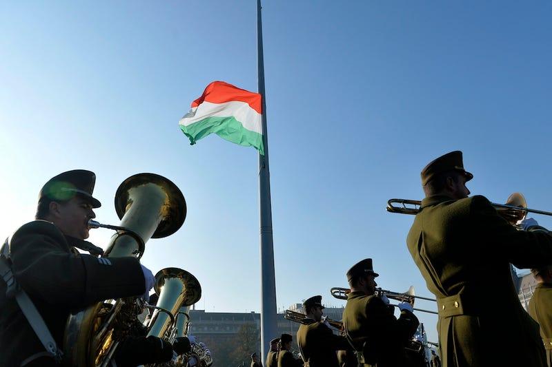 Illustration for article titled Egyébként november 4. van ma, nemzeti gyászemléknap