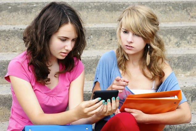 About Teens Not Tweeting 46