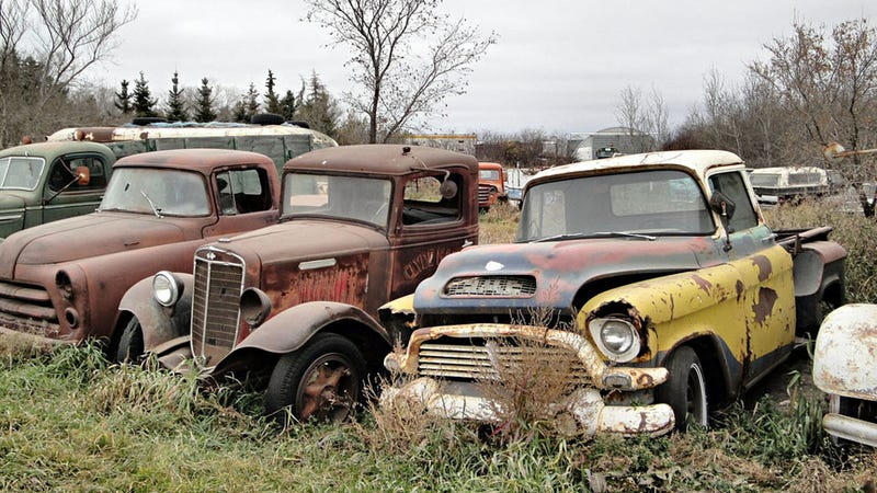 Illustration for article titled Where old Canadian trucks go to die