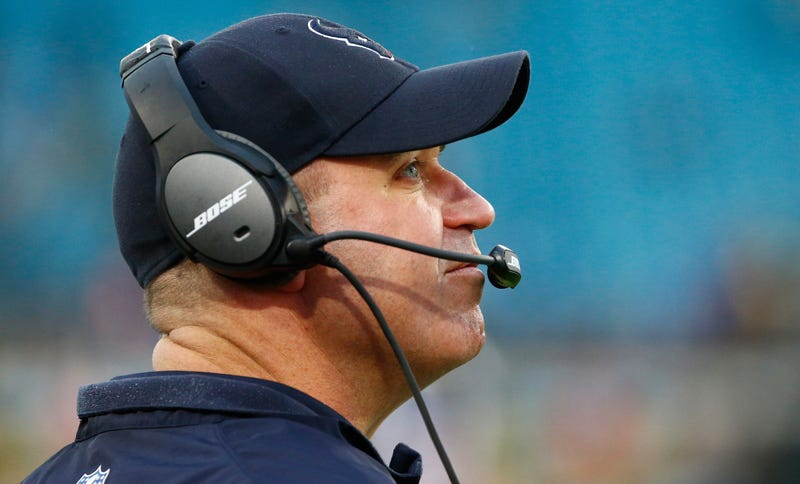 Illustration for article titled Texans Coach Refuses To Reveal Which Bad Quarterback He Will Start