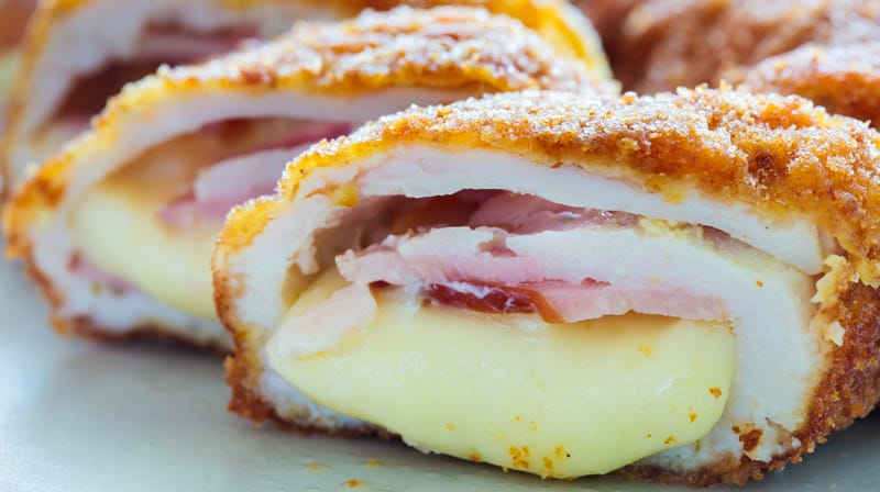 Illustration for article titled Did a recipe site purposely make its chicken cordon bleu resemble lady parts?