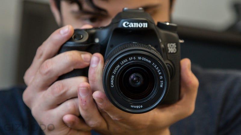 Illustration for article titled Rumor: Canon Is Testing a 75-Megapixel Pro DSLR