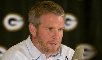 Illustration for article titled Brett Favre's Text-Messaging Habits Under Intense Scrutiny