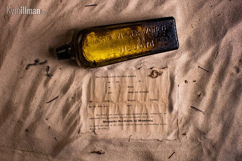 Illustration for article titled Record-Breaking 131-Year-Old Message in a Bottle Found on Australian Beach