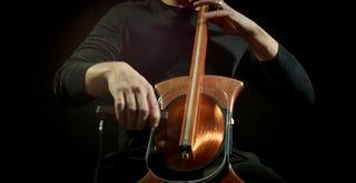 Illustration for article titled Así es el hipnótico sonido de un violoncello magnético sin cuerdas