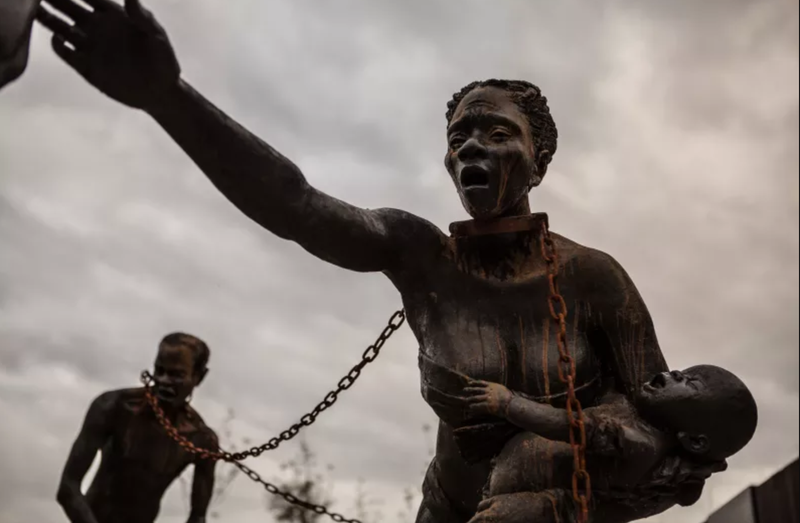 Sculpture by Ghanaian artist Kwame Akoto-Bamfo at the beginning of the National Memorial for Peace and Justice.
