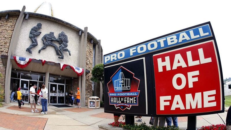 Illustration for article titled New Pro Football Hall Of Fame Exhibit Allows Visitors To Experience Concussion
