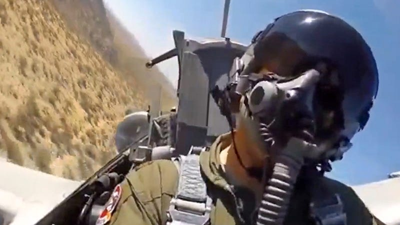 Watch These A10 Warthogs On A Training Mission Rip Old Tanks To Shreds