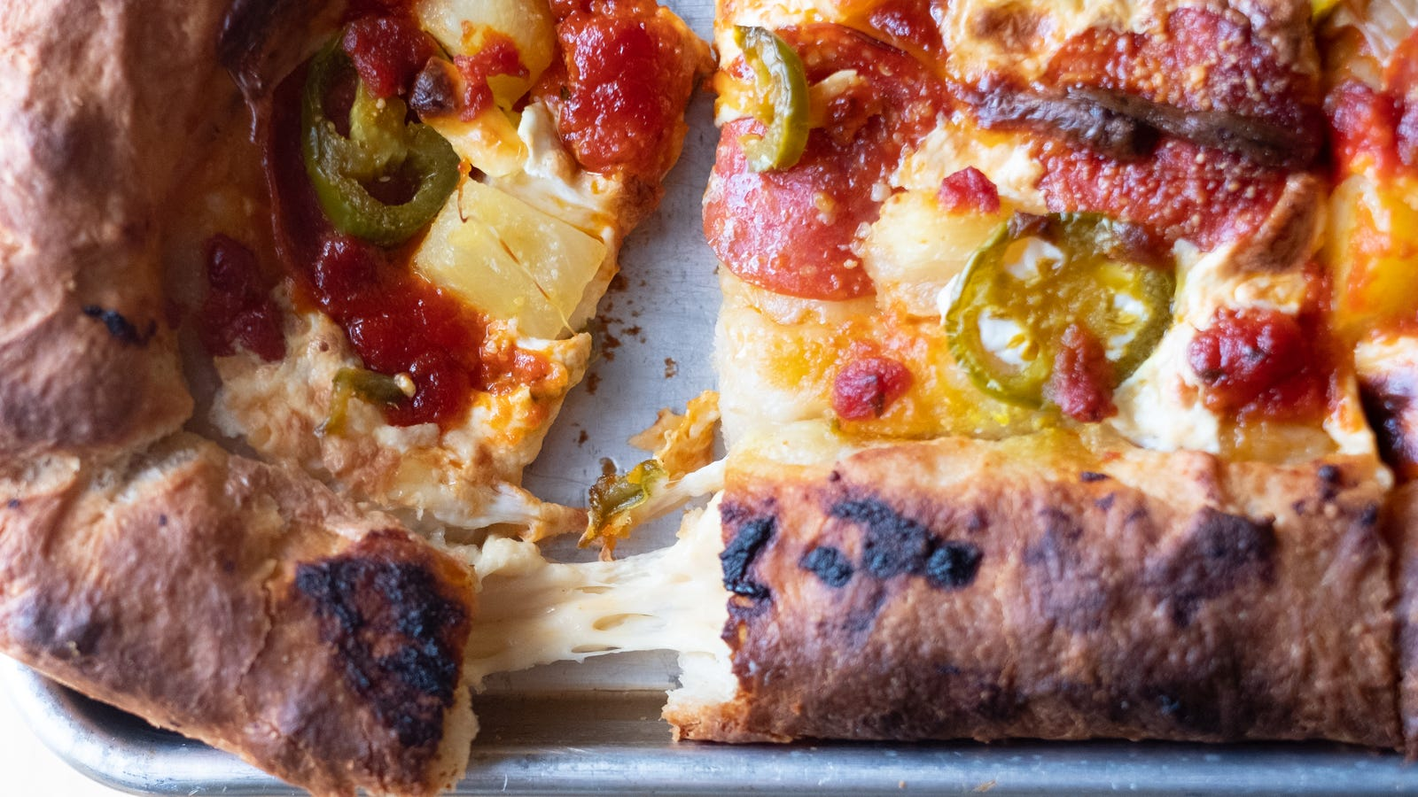 How to Make Your Own Stuffed Crust Pizza