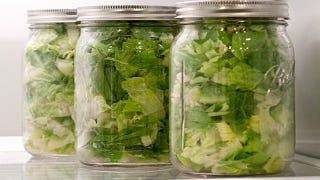 Illustration for article titled Enjoy Fresh Salads All Week with a Vacuum Sealer and Mason Jars
