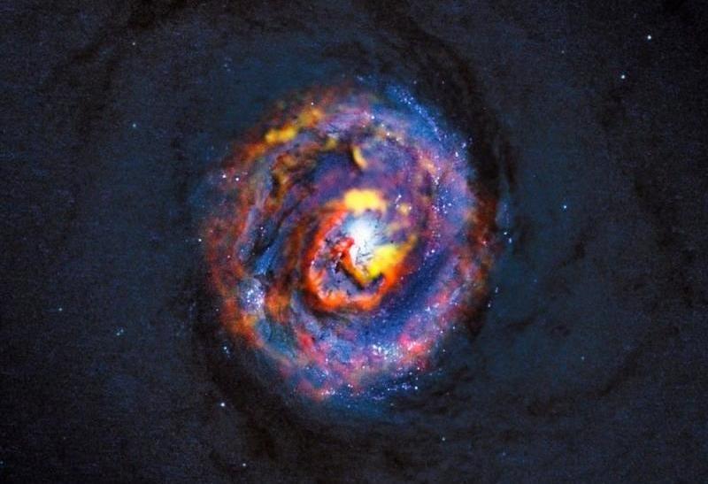 Illustration for article titled Supermassive Black Hole 'Indigestion' Is Super Gorgeous