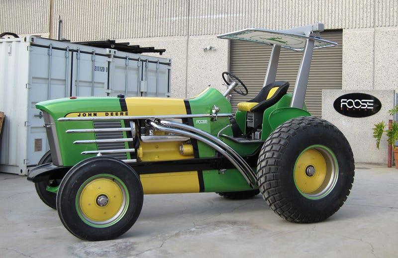 Illustration for article titled The Chip Foose John Deere 4020 Hot Rod Tractor Sucks Grass