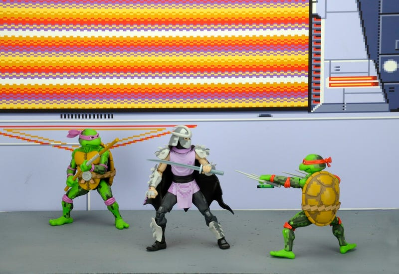 Illustration for article titled NECA's Comic-Con Exclusive Brings the Teenage Mutant Ninja Turtles Arcade Game to Life