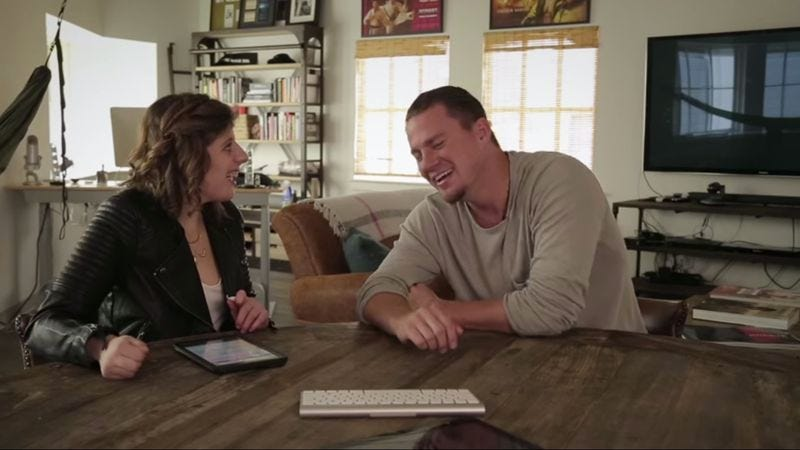 Illustration for article titled Channing Tatum charms in this interview with a nonverbal autistic woman