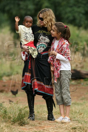 Illustration for article titled Snap Judgment: Madonna's Malawi Public Relations Stunt Maddeningly Cute